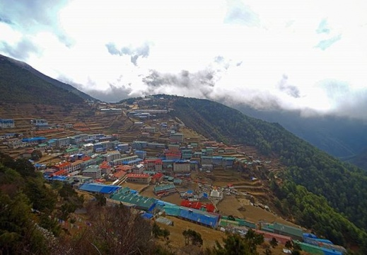 #nepal #hymalaya #khumbu #everest #namche #namchebazar #mountains #incrediblecity #neverstopexploring #holidays #trekking #travel #pentaxk30 #mountainlovers